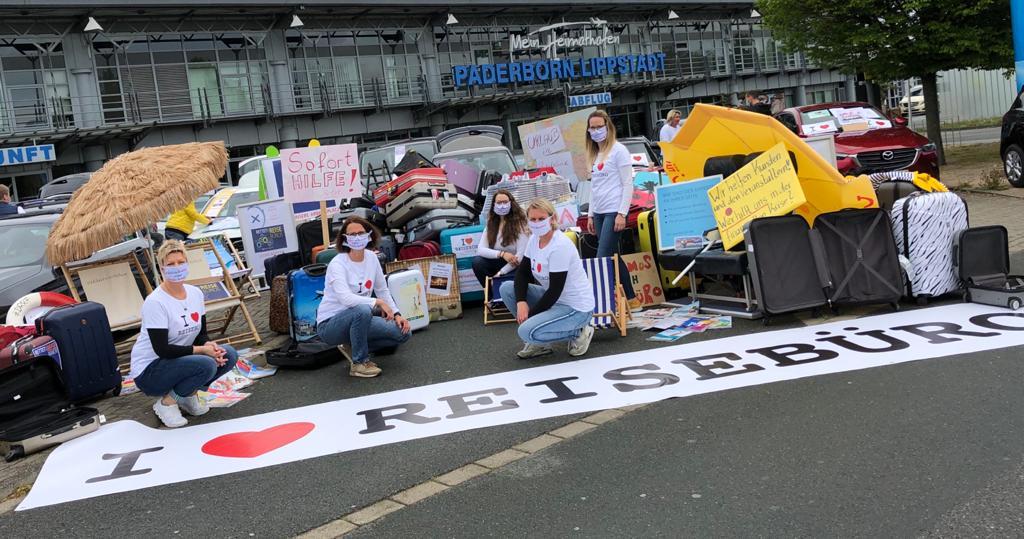 Demonstration Paderborn Reisebüros und Touristiker Tourismus Turn